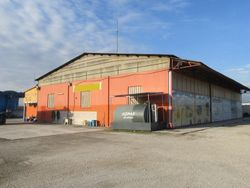Industrial unit with large courtyard - Lot 514 (Auction 514)