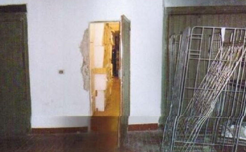 Immagine n. 3 - #5143 Ampio magazzino/garage interrato