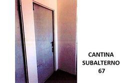 Cantina (sub 67) al piano sottotetto di condominio