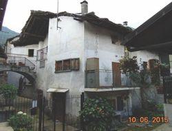 Appartamento cielo terra con pertinenze - Lotto 5182 (Asta 5182)