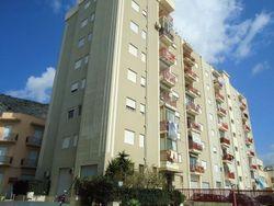 Quota di appartamento e magazzino in palazzina - Lotto 5186 (Asta 5186)