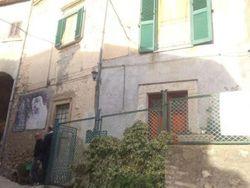 QUOTA ½ di abitazione in centro storico - Lotto 5244 (Asta 5244)