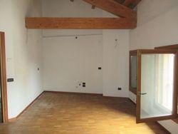 Appartamento (sub 18) in ex caserma ristrutturata