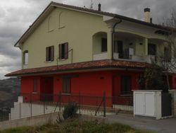 Appartamento al piano terra e garage (civico 23/A) - Lotto 559 (Asta 559)