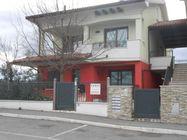 Immagine n0 - Appartamento al piano terra e garage (civico 23/B) - Asta 560