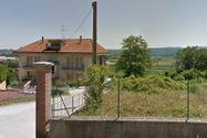 Immagine n2 - Appartamento con sottotetto, cantina e garage - Asta 5631