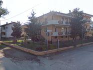 Immagine n0 - Quota 1/6 di appartamento con giardino e garage - Asta 564