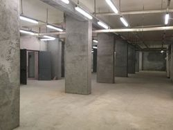 Warehouse in the basement - Lot 5742 (Auction 5742)