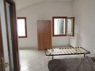 Immagine n0 - Accommodation with bedrooms and services - Asta 581