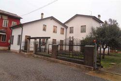 Abitazione con autorimessa e terreno agricolo - Lotto 5826 (Asta 5826)