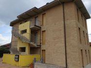 Immagine n0 - Appartamento (sub 49) con garage e posto auto (sub 33) - Asta 5910