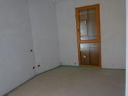 Immagine n4 - Appartamento (sub 50) con garage e posto auto (sub 34) - Asta 5911