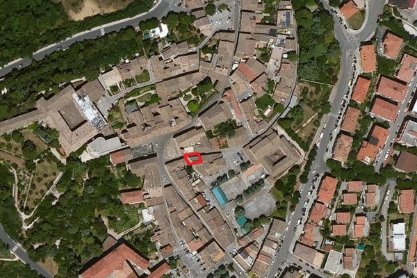 Immagine n0 - Planimetria - Vista aerea - Asta 596
