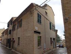 Portion of apartments in the historic center - Lot 596 (Auction 596)