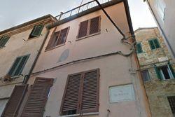 Abitazione cielo-terra con garage in centro storico - Lotto 5970 (Asta 5970)