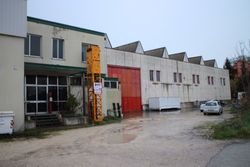Industrial unit with offices - Lot 599 (Auction 599)