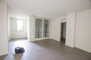 Immagine n0 - Appartamento con giardino, cantina e box auto - Asta 607