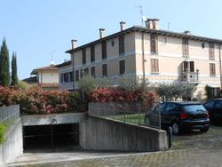 Duplex apartment, garages and cellars - Lot 629 (Auction 629)
