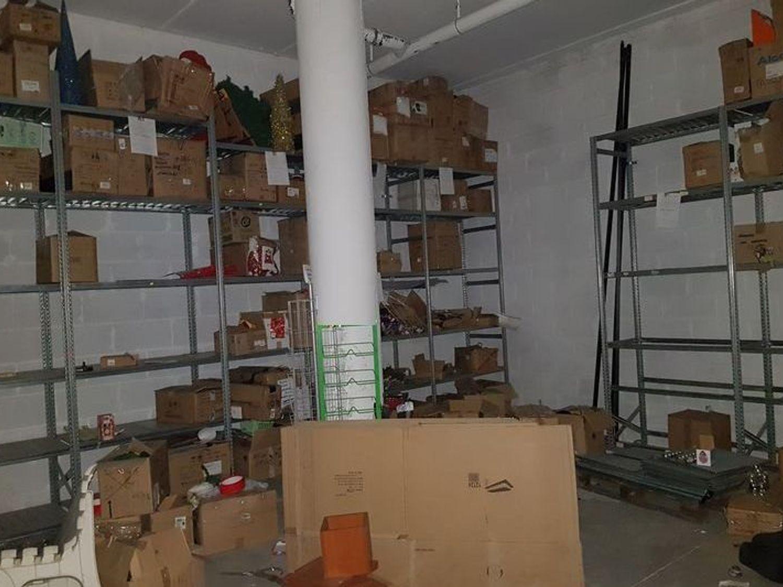 #6367 Locale commerciale con due locali deposito in vendita - foto 10