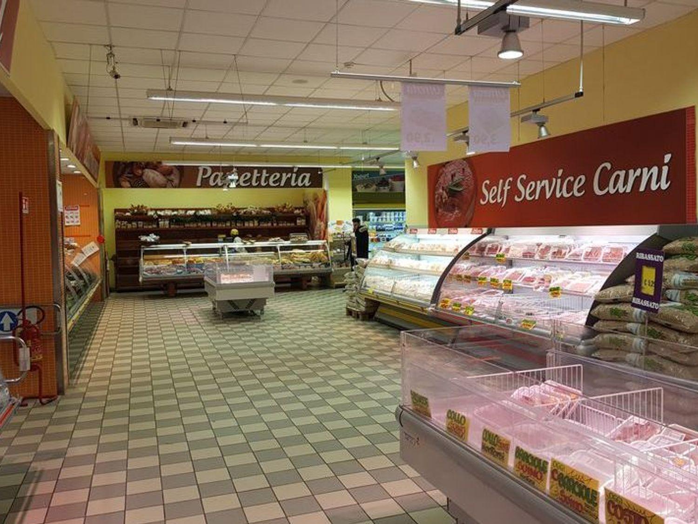 #6368 Locale commerciale al piano secondo seminterrato in vendita - foto 4