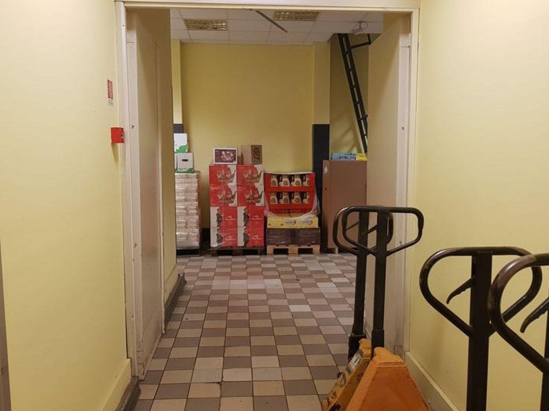 #6368 Locale commerciale al piano secondo seminterrato in vendita - foto 9