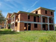 Immagine n0 - Unfinished residential real estate complex - Asta 6389