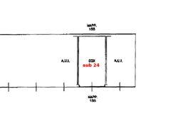 Box auto in cortile residenziale (sub 24) - Lotto 6396 (Asta 6396)