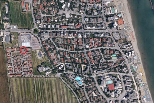 Immagine n1 - Planimetria - Vista aerea - Asta 6460