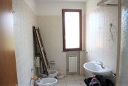 Immagine n4 - Appartamento al piano secondo con sottotetto (sub 39) - Asta 6470