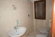 Immagine n9 - Appartamento al piano primo con autorimessa (sub 30) - Asta 6473