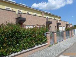 Villetta a schiera con giardino - Lotto 6488 (Asta 6488)