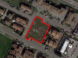 Terreno edificabile residenziale di 1.951mq - Lotto 6490 (Asta 6490)