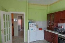 Second floor apartment - Lot 6505 (Auction 6505)