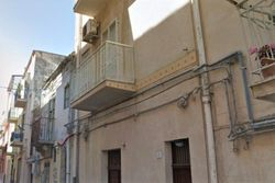 Apartment on three floors in the old quarter - Lot 6517 (Auction 6517)