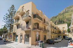 Appartamento in attico e posto auto scoperto - Lotto 6557 (Asta 6557)