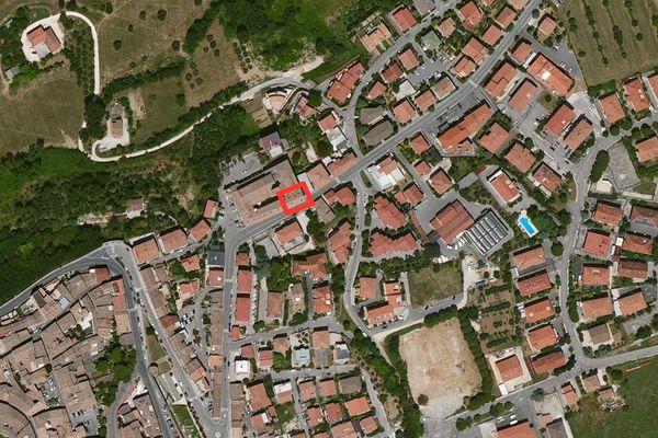 Immagine n0 - Planimetria - Vista aerea - Asta 663