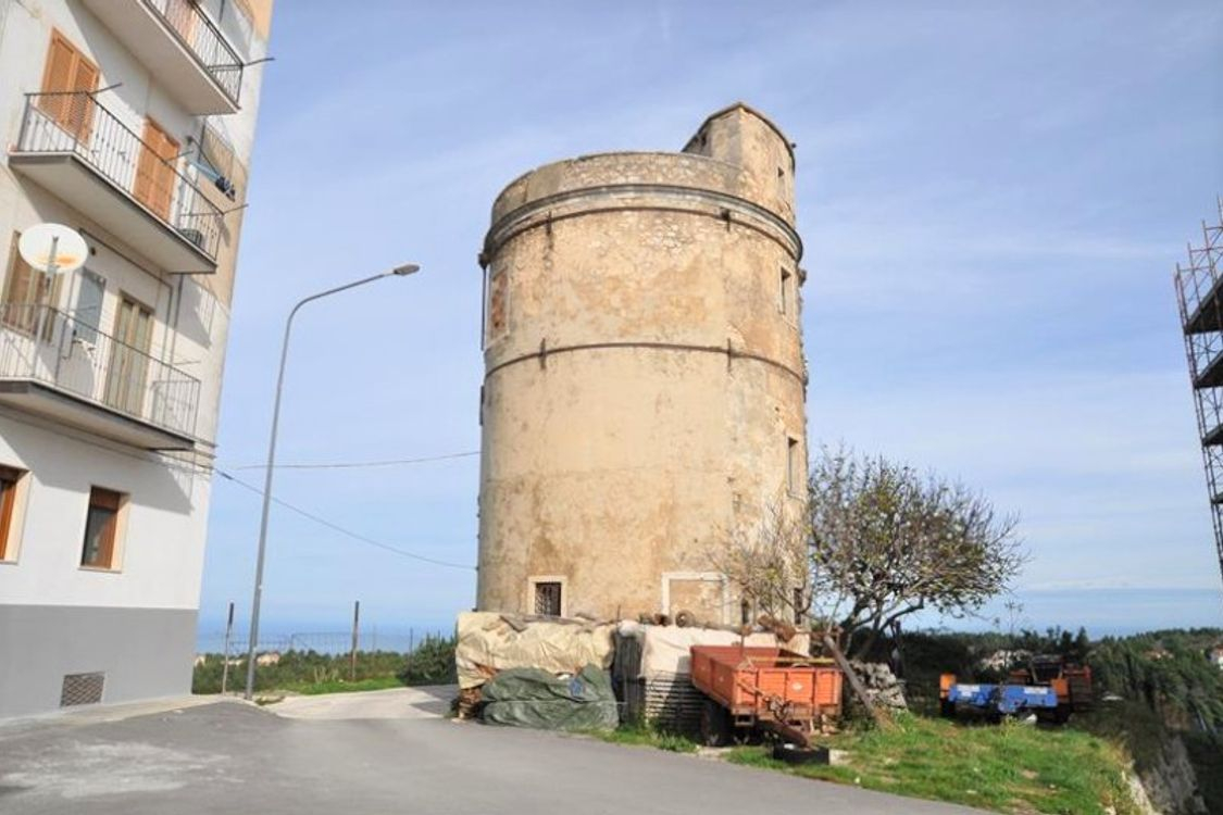 Palestra Vico Del Gargano torretta di vedetta con vista panoramica
