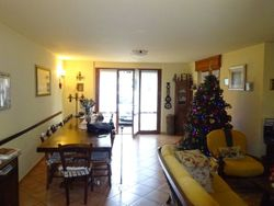 Apartment on three levels with courtyard - Lote 6751 (Subasta 6751)
