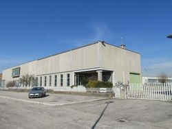 Industrial building - Lot 6757 (Auction 6757)