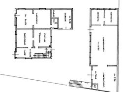 Quota 4/9 di abitazione con negozio e laboratorio