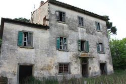 Building complex of buildings and agricultural buildings - Lote 678 (Subasta 678)