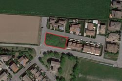 Residential building land of  ,    square meters - Lot 6786 (Auction 6786)