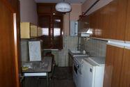 Immagine n5 - Palazzina con locali commerciali e appartamenti - Asta 6794