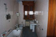 Immagine n7 - Palazzina con locali commerciali e appartamenti - Asta 6794