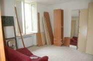 Immagine n2 - Tre appartamenti al piano primo - Asta 6861