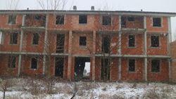 Compendio residenziale parzialmente edificato