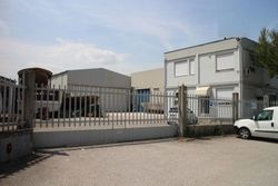 Craft complex and office building - Lote 692 (Subasta 692)