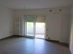 Appartamento piano primo (sub 7) con garage