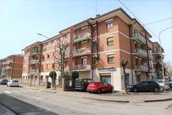 Third floor apartment in building and garage - Lote 6953 (Subasta 6953)