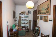 Immagine n1 - Appartamento piano terzo di palazzina e garage - Asta 6953